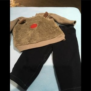 Boys reindeer out size 6-9 months small wonders